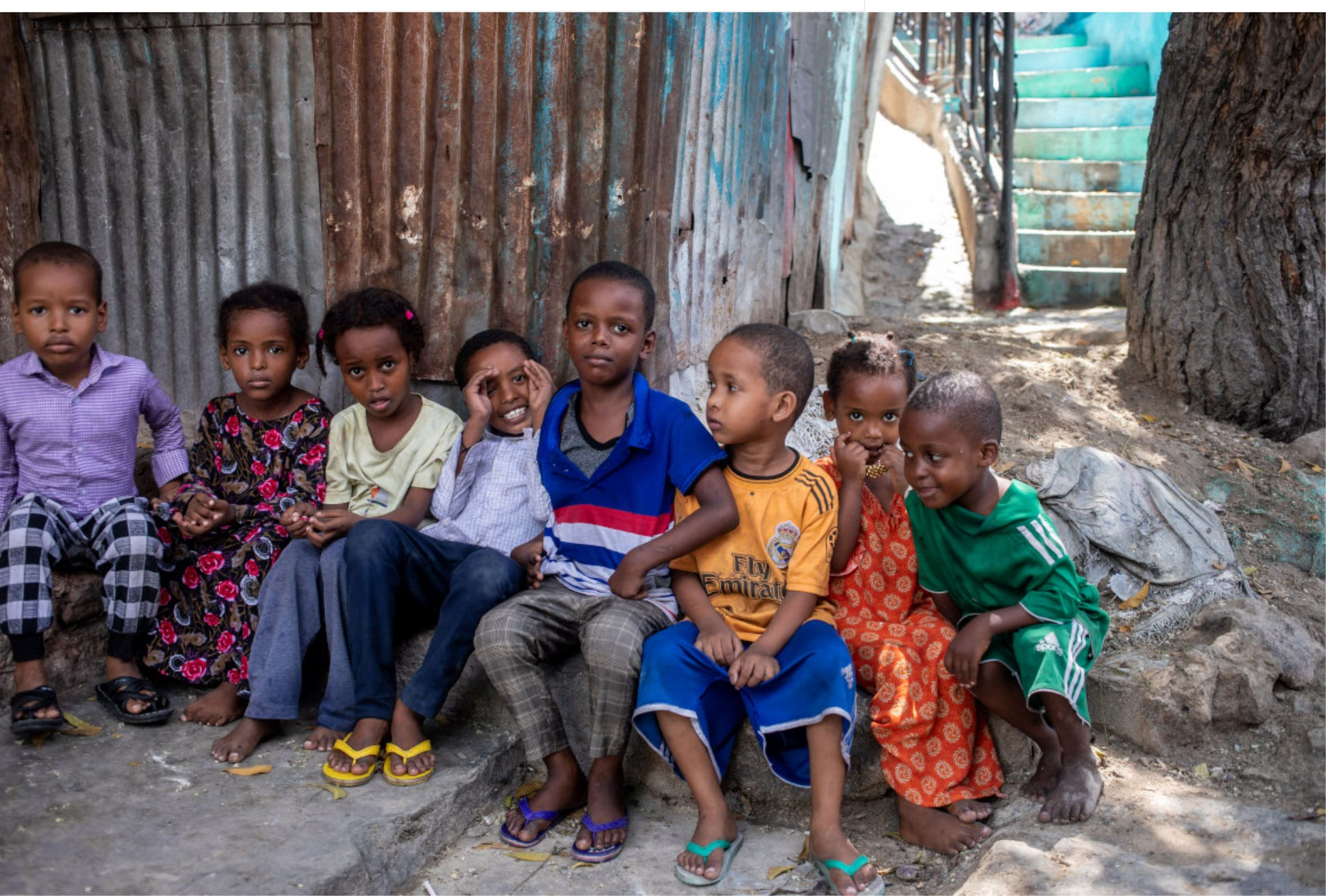 Somali children waiting for their Polio vaccinations